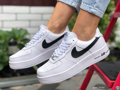 Зимние женские кроссовки Nike Air Force, белые, зима, мех