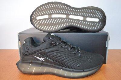 мужские кроссовки Reebok.