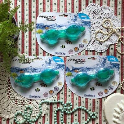 Продано: Новые детские очки для плавания Bestway