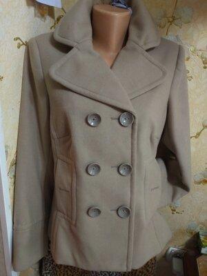 Пальто 44-46 размер, отличное состояние, в
