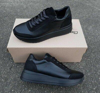 Новинка Женские кожаные кроссовки,туфли на осень черные,белые.Жіночі чорні,білі туфлі,кросівки
