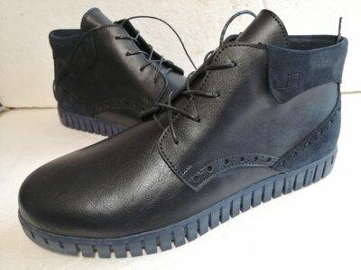 Продам демисезонные ботинки 42 размер