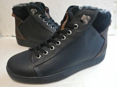 Продам ботинки 44 размер