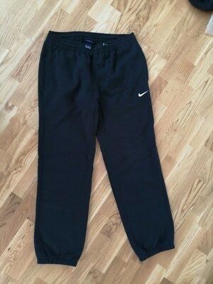 Спортивные штаны утеплённые nike размер L-XL
