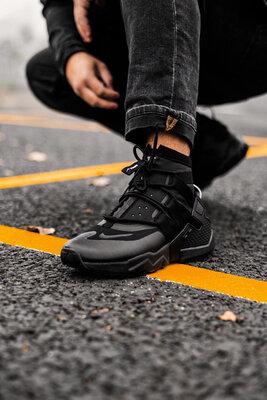Nike Huarache Gripp Triple Black