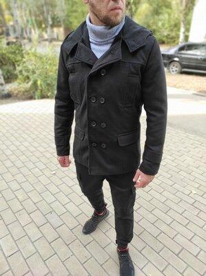 Пальто двубортное из кашемира с капюшоном