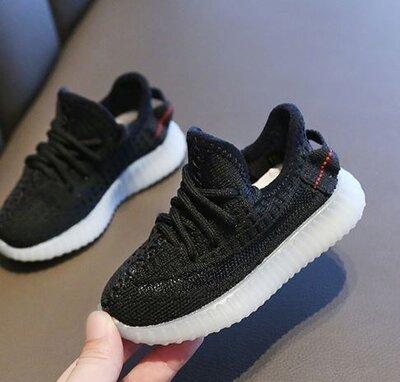 Детские кроссовки Adidas Yeezy boost 350 v2 Black Рефлектив, р.23-35
