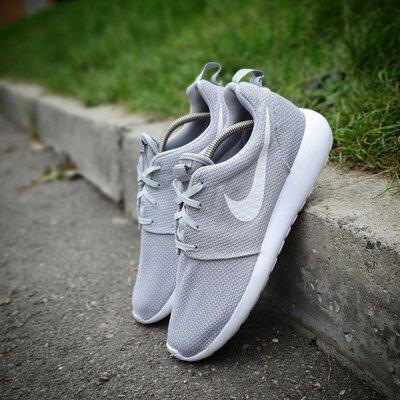 Кроссовки Nike Roshe One 45p.