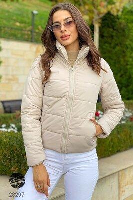 Бежева дута куртка Короткие дутые женские куртки 3 цвета Бежевая однотонная куртка демисезонная