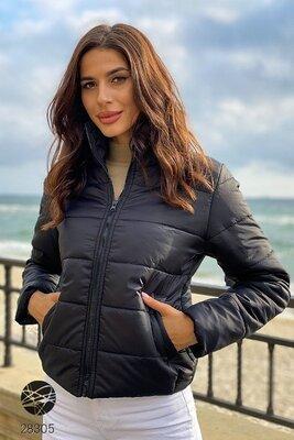 Демісезонні короткі куртки Куртки с воротником-стойкой Куртка демисезонная с воротником стойкой