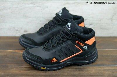 Мужские кожаные зимние кроссовки adidas