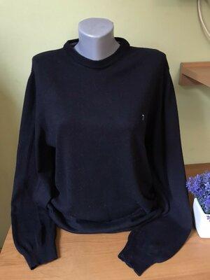 Брендовый свитер Trussardi