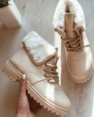 Продано: Ботинки женские зима