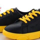 Хитовые стильные кроссовки ,кеды яркие в наличии ,38,39,41 качество супер