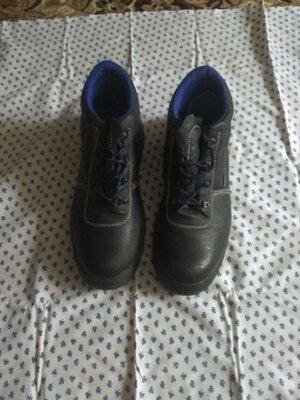 Мужские ботинки отличного качества