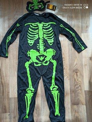 Продано: Костюм для мальчика на Хеллоуин