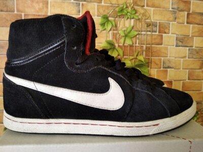 Кроссовки Nike,размер 38,5