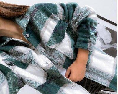 нова 42-44 46-48 модна тепла рубашка в клетку с карманами сорочка байка пиджак кофта