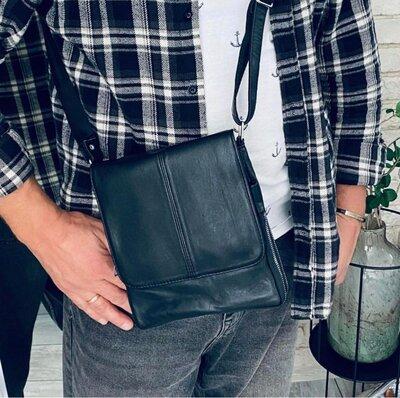 Мужская сумочка из натуральной кожи.
