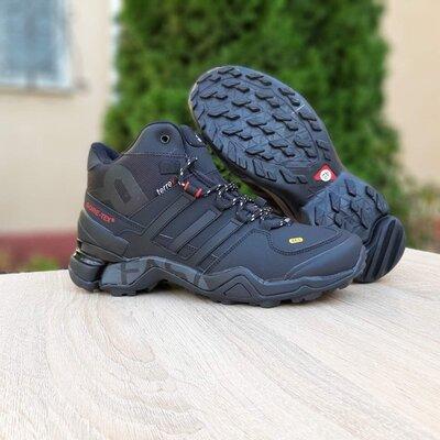 Зимние мужские ботинки Adidas Terrex 465 черные, мех