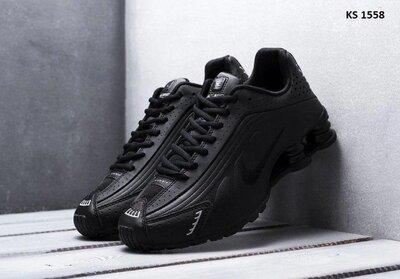 Как оригинал. Кожаные Мужские Кроссовки Nike Shox R4 черные KS 1558