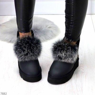 Женские натуральные кожаные замшевые чёрные угги с меховой опушкой