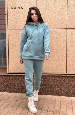 Продано: Теплый спортивный костюм