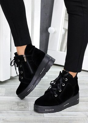 Ботинки на платформе черная замша