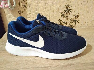 Кроссовки Nike Tanjun 43 р., 27,5 см оригинал