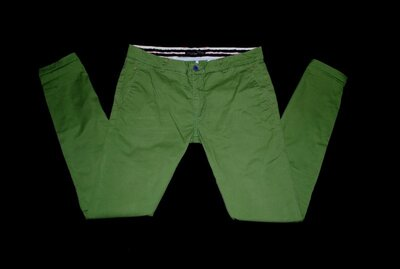 Брюки s-m зеленые косые карманы зауженные бренд Zara men стиль