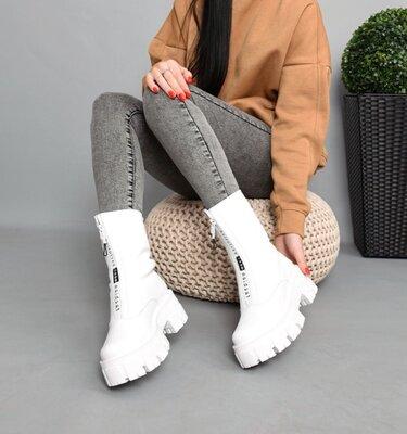Женские натуральные кожаные белые чёрные бежевые ботинки на тракторной подошве