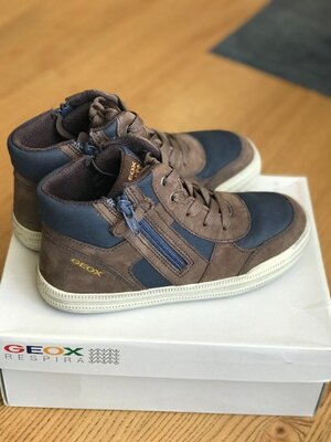 Geox р.34 ботинки оригинал новые