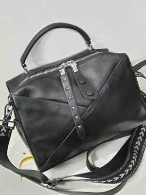 Женская кожаная сумка polina eiterou черная пудра