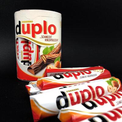 Батончики Ferrero Duplo