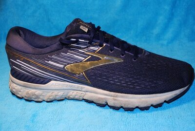 кроссовки brooks 46 размер