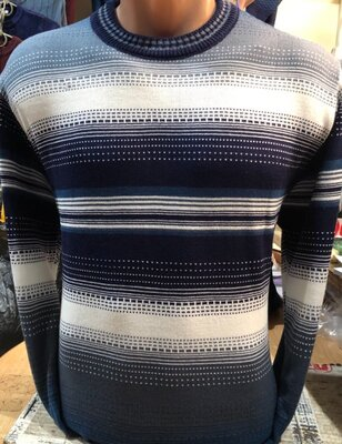 Мужской свитер Лирик в цвеет темно синий-молоко 48-54