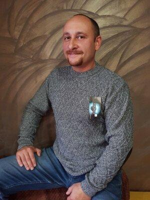 Мужской свитер Гунар в разных цветах 50-54