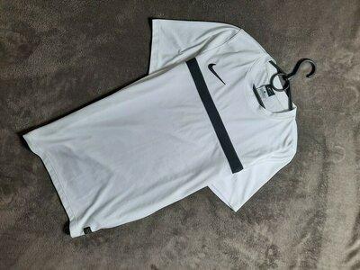 Продано: Nike мужская белая спортивная футболка