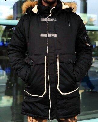 Зимняя мужская куртка с капюшоном на синтепоне,теплющая.