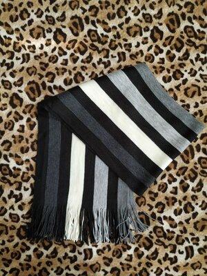 Теплый вязаный мужской шарф