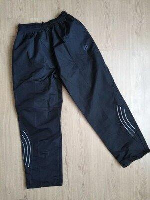 шикарные зимние спортивные штаны баталы