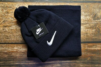 Продано: Шапка и Баф Nike 4 цвета