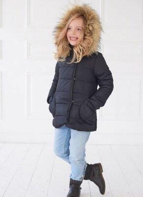Куртка на девочку с капюшоном и с мехом Размер 116-122 рост
