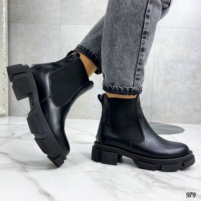 Продано: Женские натуральные кожаные зимние ботинки на низком ходу