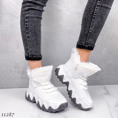 Женские зимние белые кроссовки хайтопы на высокой подошве