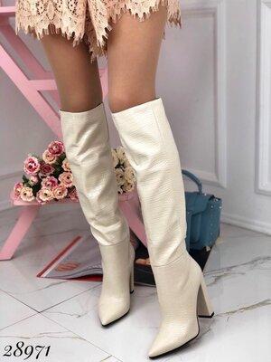 Женские чёрные бежевые пудровые мятные сапоги на устойчивом каблуке