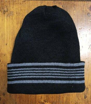 Продано: Шапка мужская с отворотом. Теплая вязаная двойная зимняя шапочка. Новая Цвет черный с серым