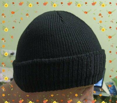 шапочка мужская шапка с отворотом черная вязаная одинарная. Размер 55-58