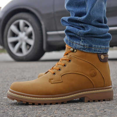 Зимние мужские ботинки в коробке , песочные