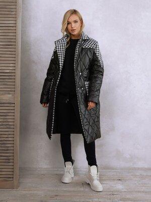 Продано: Черное удлиненное принтованное пальто на синтепоне